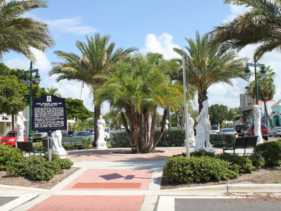 St Armands Circle Shops For Boutique Shopping Experience Must Do