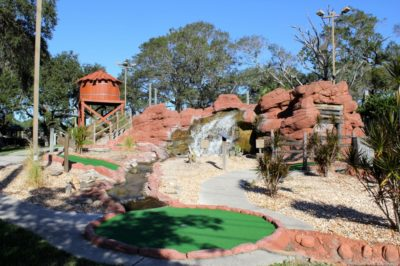 MustDo.com   Evie's Miniature Golf Course Sarasota, Florida family fun activities and things to do