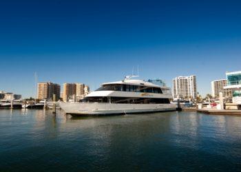 MustDo.com | Tours and sightseeing cruises aboard Marina Jack II boat Sarasota, Florida.