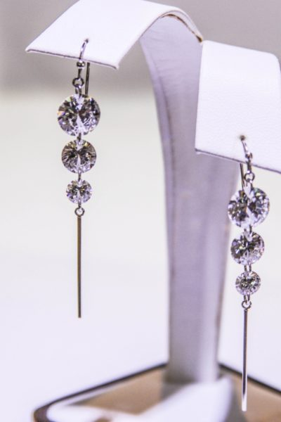 Created Gems Siesta Key Spekralyte diamond drob earrings