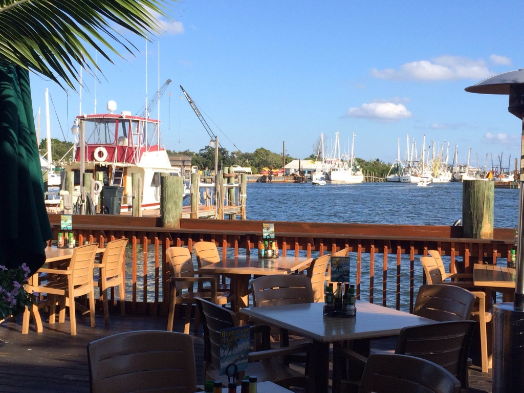 MustDo.com | Doc Ford's Rum Bar & Grille waterfront dining in Ft. Myers Beach, Florida