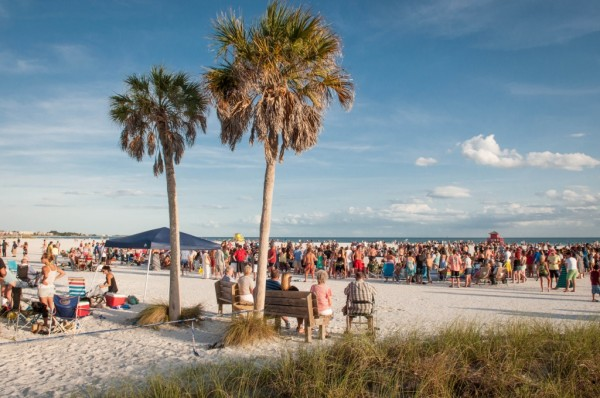MustDo.com | Drum Circle Siesta Key Beach Sarasota, Florida.