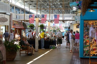 Fishermen's Village Punta Gorda, Florida shopping, restaurants, marina and vacation villas.