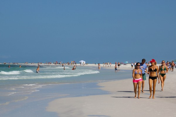 MustDo.com | No. 1 Siesta Beach best white sand beach in USA Sarasota, Florida