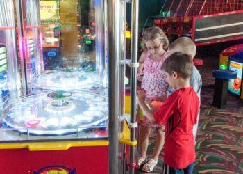 Livingston's Amusement Center kids arcade and video games Sarasota, Florida