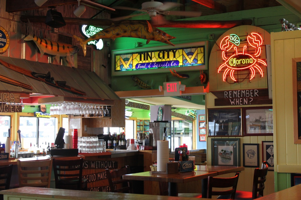 Pinchers crab shack full review and peek inside location for Old florida fish house menu