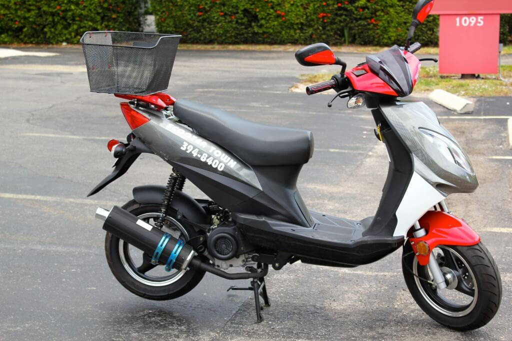 Scooter rentals Scootertown Marco Island, Florida