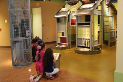 Must Do Visitor Guides | MustDo.com | exhibit at C'mon Children's Museum of Naples