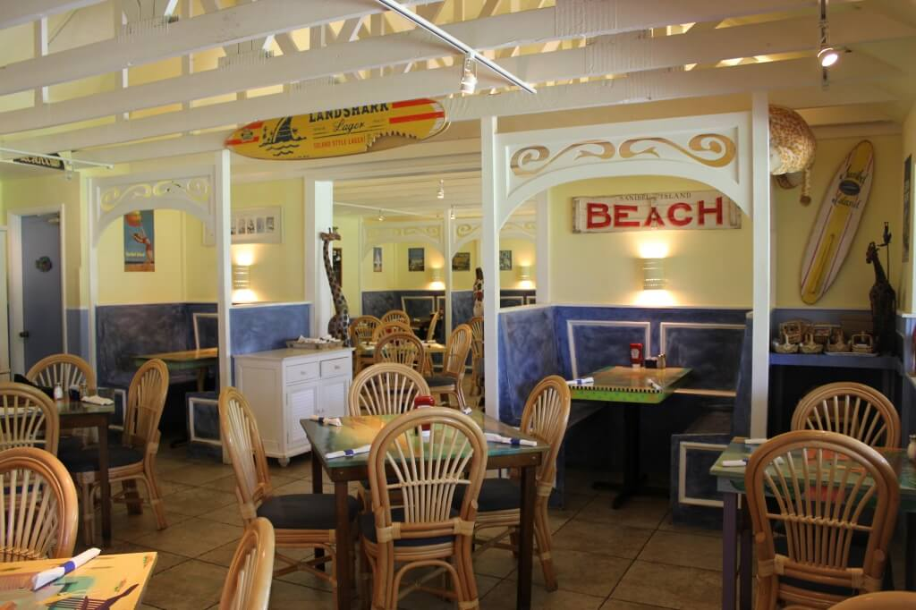 Blue Giraffe restaurant welcomes families Sanibel Island, FL | Must Do Visitor Guides | MustDo.com