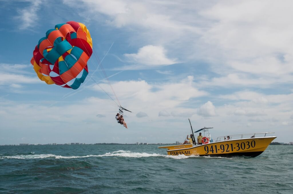 MustDo.com | Sarasota, Florida Must Do Visitor Guide | Parasailing with Siesta Key Watersports Siesta Key, Florida