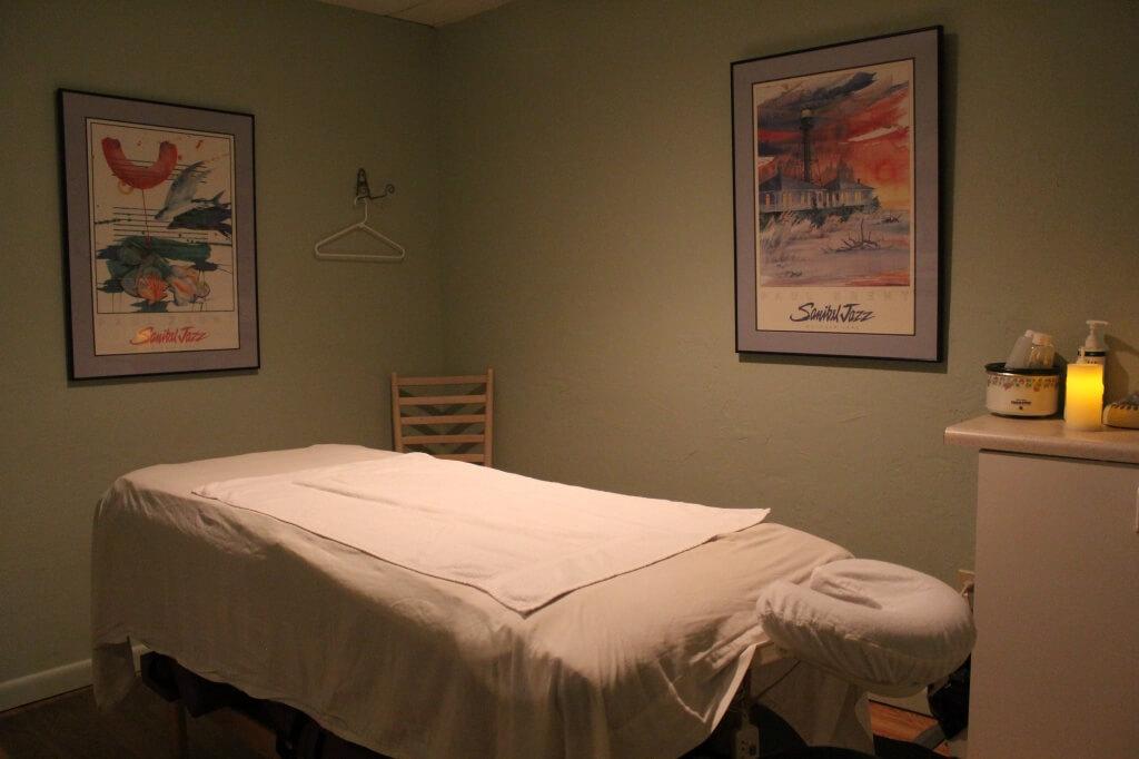 Sanibel Day Spa massage treatment room Sanibel Island, FL | MustDo.com