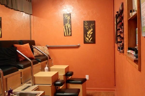 Sanibel Day Spa pedicure nail salon Sanibel Island, FL | MustDo.com