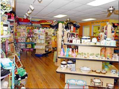 MustDo.com | Island Paws Pet Boutique Sanibel Island, Florida.