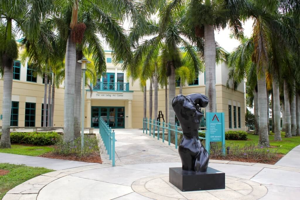 MustDo.com | Naples, Florida attractions, art museum The von Liebig Art Center