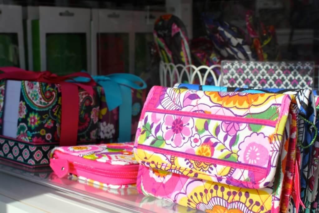 Vera Bradley wallets, bags Molly's Boutique Sarasota, Florida | MustDo.com