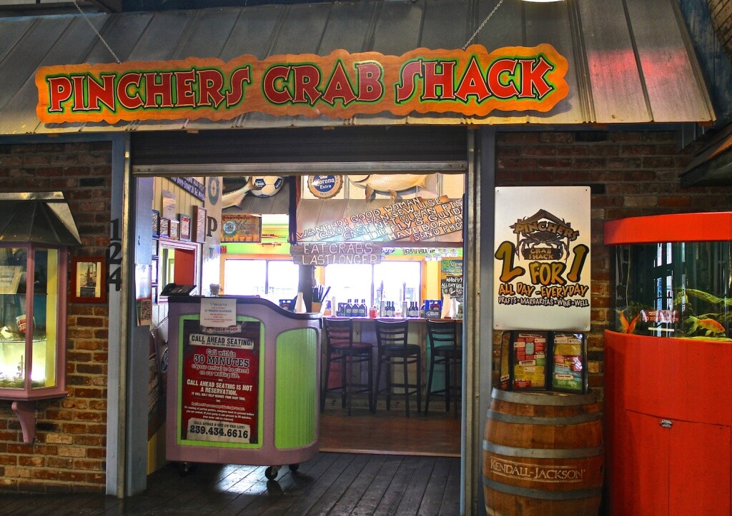 MustDo.com | Pincher's Crab Shack seafood restaurant Tin City Naples, FL