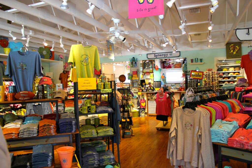 Must Do Visitor Guides | MustDo.com Synergy sportswear Sanibel Island, Florida