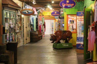 Tin City shopping Naples, Florida | MustDo.com