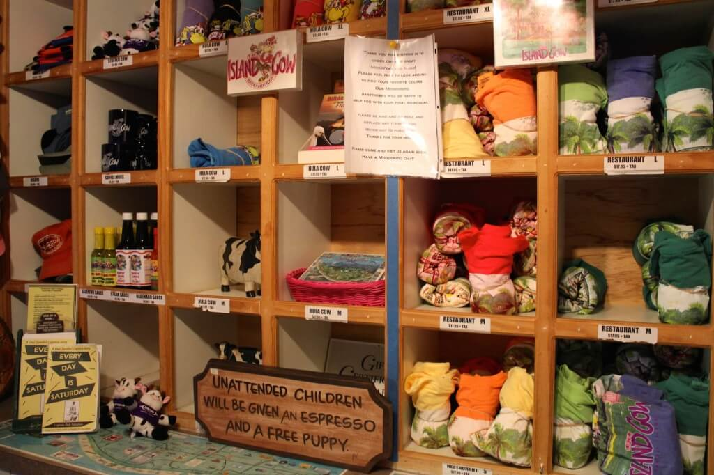 MustDo.com | Must Do Visitor Guides, Island Cow restaurant gift shop Sanibel Island, Florida