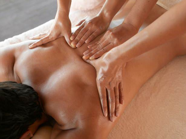 Must Do Visitor Guides, MustDo.com | Relaxing 4 hand massage at The Woodhouse Day Spa Naples, FL