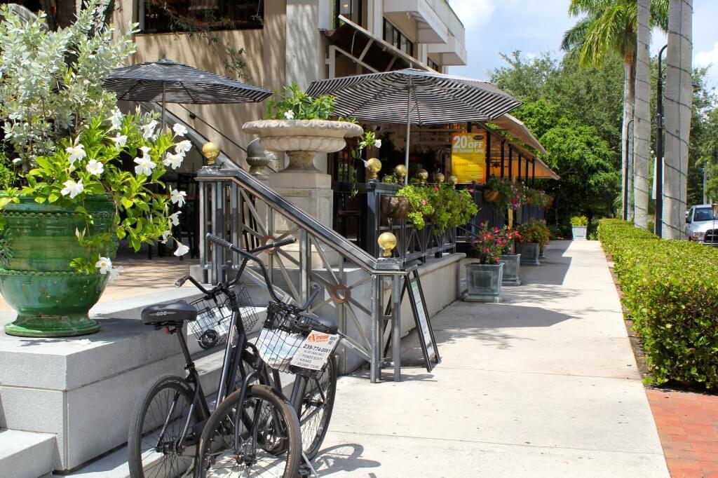 Must Do Visitor Guides, MustDo.com | Beautiful Third Street South Naples, FL
