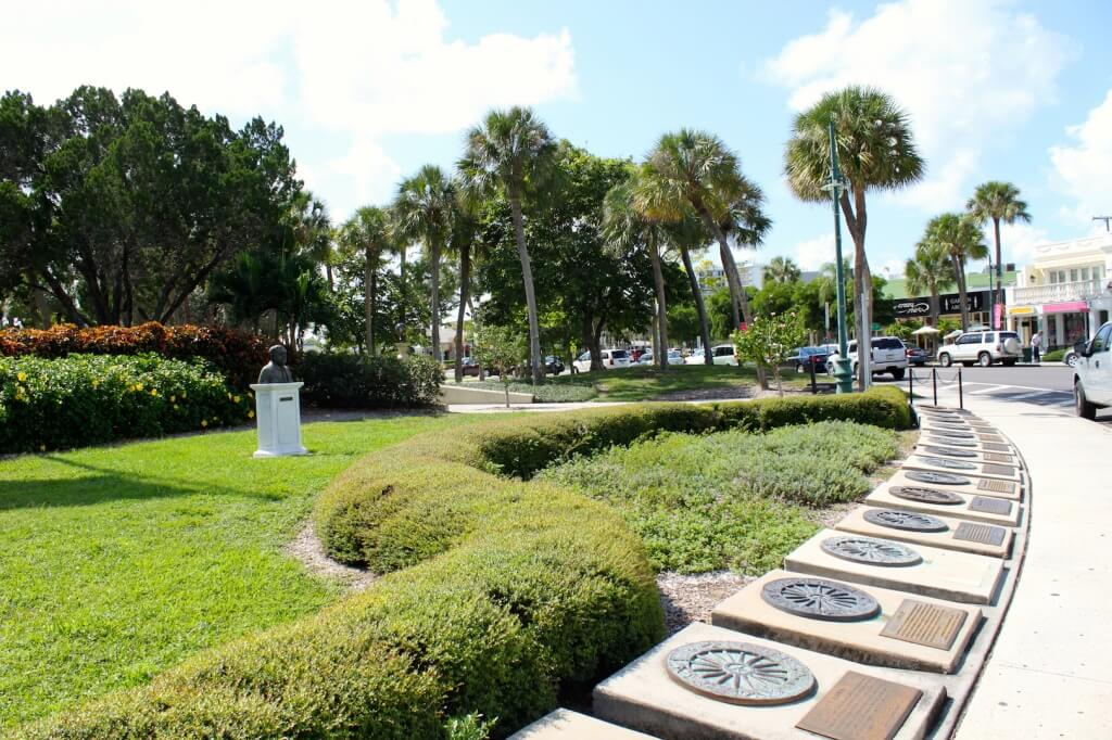 Must Do Visitor Guides, MustDo.com | Circus Ring of Fame St. Armands Circle Sarasota, FL. Photo credit Nita Ettinger.