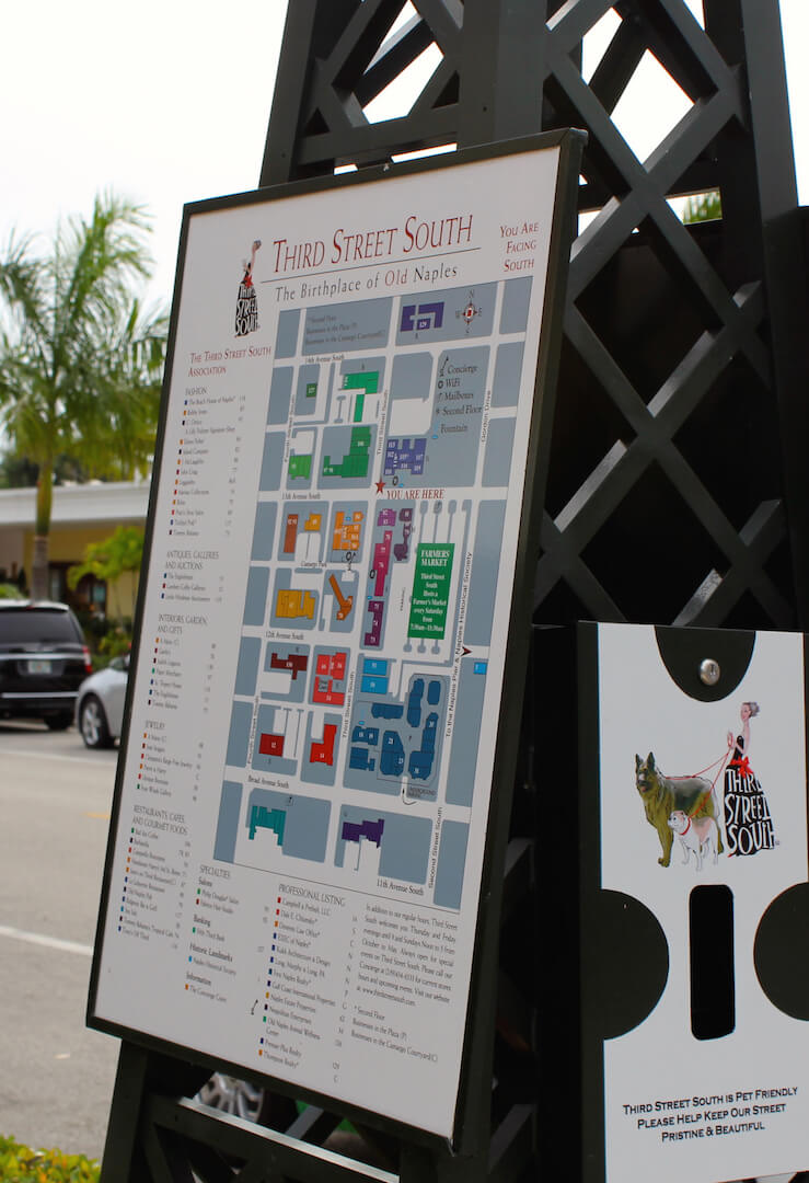 Third Street South shopping, restaurants, galleries and events Naples, FL USA. Must Do Visitor Guides, MustDo.com. Photo credit Nita Ettinger.