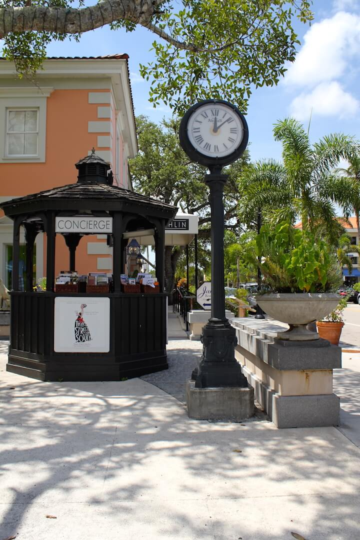 Must Do Visitor Guides, MustDo.com | Naples, Florida shopping on Third Street South Concierge