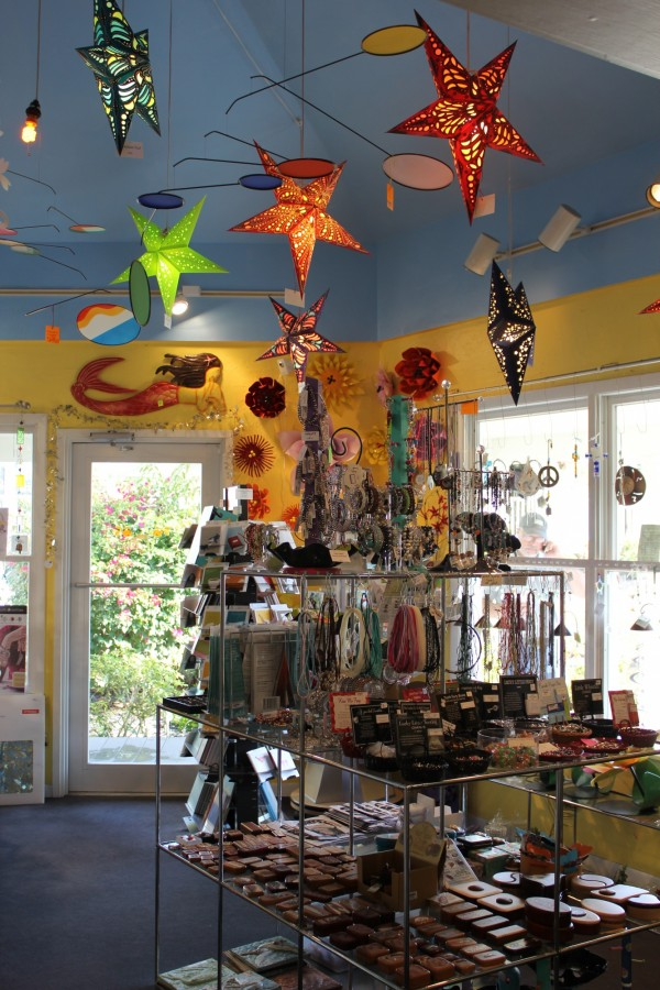 Must Do Visitor Guides, MustDo.com | Suncatcher's Dream handcrafted gift shop on Sanibel, FL