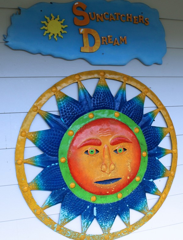 Suncatcher's Dream gift shop Sanibel Island, FL Must Do Visitor Guides