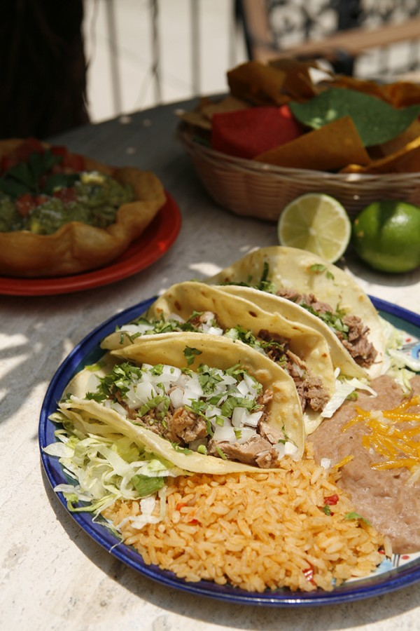 MustDo.com | Authentic Mexican tacos, beans and rice at Mi Pueblo Mexican restaurant Sarasota and Venice, Florida.