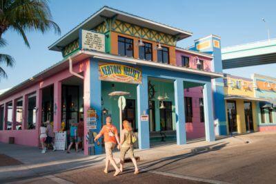 MustDo.com, Must Do Visitor Guides. Nervous Nellie's waterfront restaurant Fort Myers Beach, Florida. Photo credit Debi Pittman Wilkey.