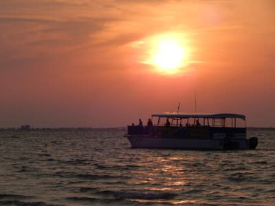 MustDo.com | Sight Sea-R Cruises sunset cruise from Fort Myers Beach, Florida