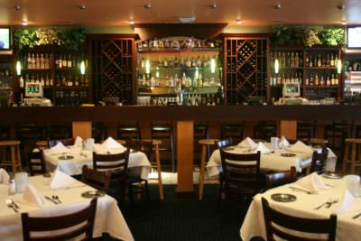 MustDo.com   South Beach Grille bar and restaurant Ft. Myers Beach, FL