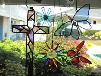 MustDo.com, Must Do Visitor Guides | Suncatchers from Suncatcher's Dream gift shop Sanibel Island, Florida