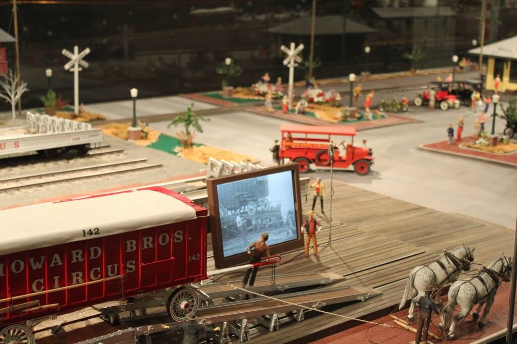MustDo.com | Miniature Circus exhibit at The Ringling Circus Museum Sarasota, Florida.