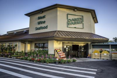 MustDo.com | Oakes Farms Market in south Naples is a full-service market offering locally grown, organic and all natural products. Fresh fruits & vegetables, seafood, prime meat, cheese, wine and bakery.