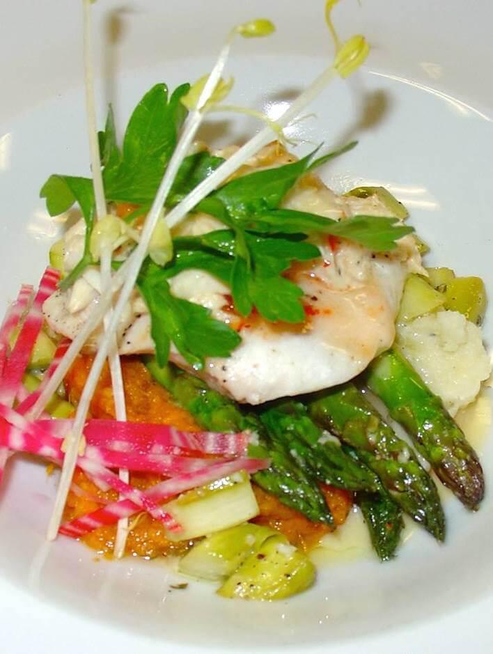 MustDo.com | Dine on regional fresh Florida fish, seafood and organic produce at Il Cielo restaurant Sanibel Island, Florida