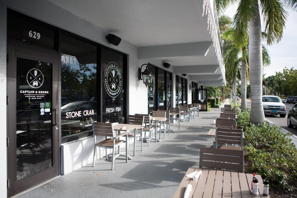 MustDo.com | Captain & Krewe seafood market and restaurant in downtown Naples, Florida.
