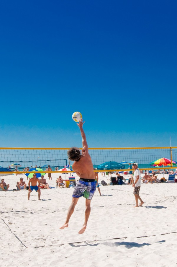 MustDo.com | Beach volleyball at the Naples Municipal Beach, Naples Pier in Naples, Florida.