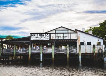 MustDo.com | Dixie Fish Co. casual Old Florida waterfront seafood restaurant Ft. Myers Beach, FL