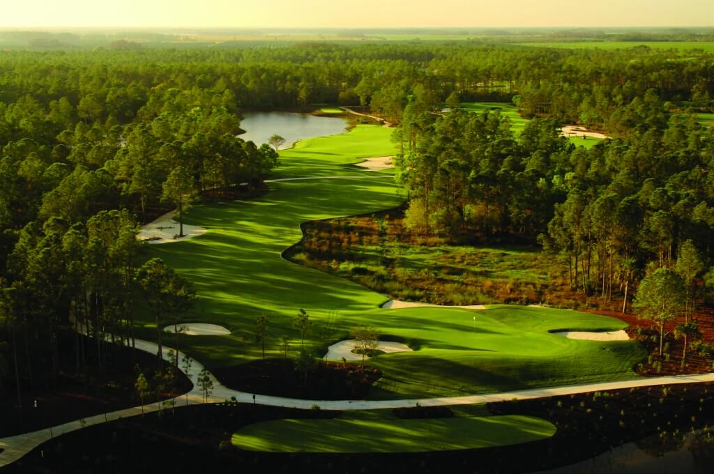 MustDo.com | Old Corkscrew Golf Club, Jack Nicklaus Signature Course at Estero boasts a 77.6 rating and 153 slope on the 7,393 yard course. Be prepared to encounter giant sprawls of sand and pine-edged wetlands at many holes.