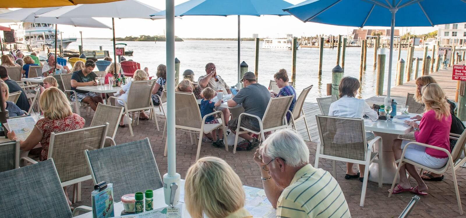 Nervous Nellie S Crazy Waterfront Eatery Fort Myers Beach Florida