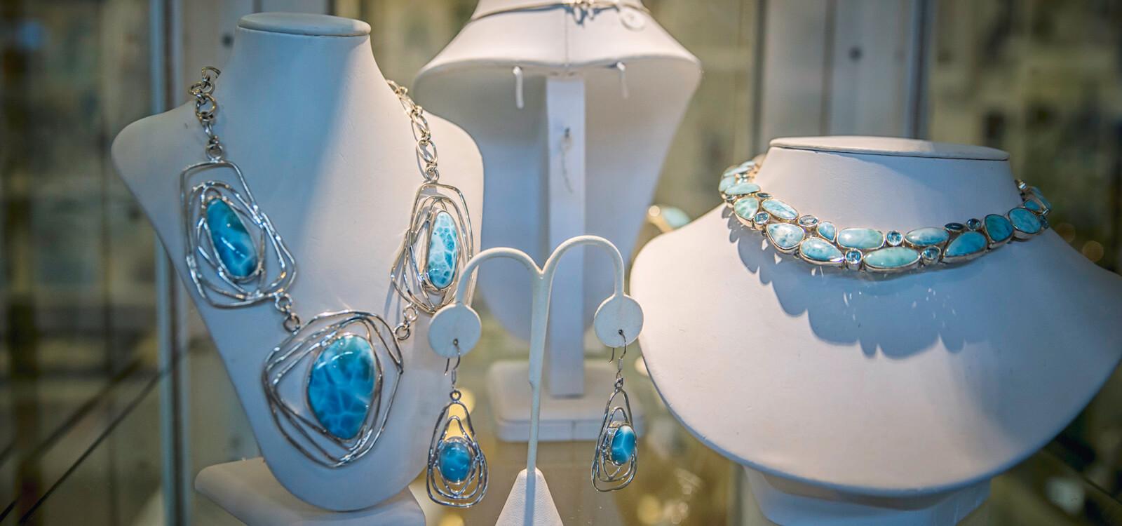 MustDo.com   Necklace from Fort Myers, Florida shopping. Photo by Jennifer Brinkman.