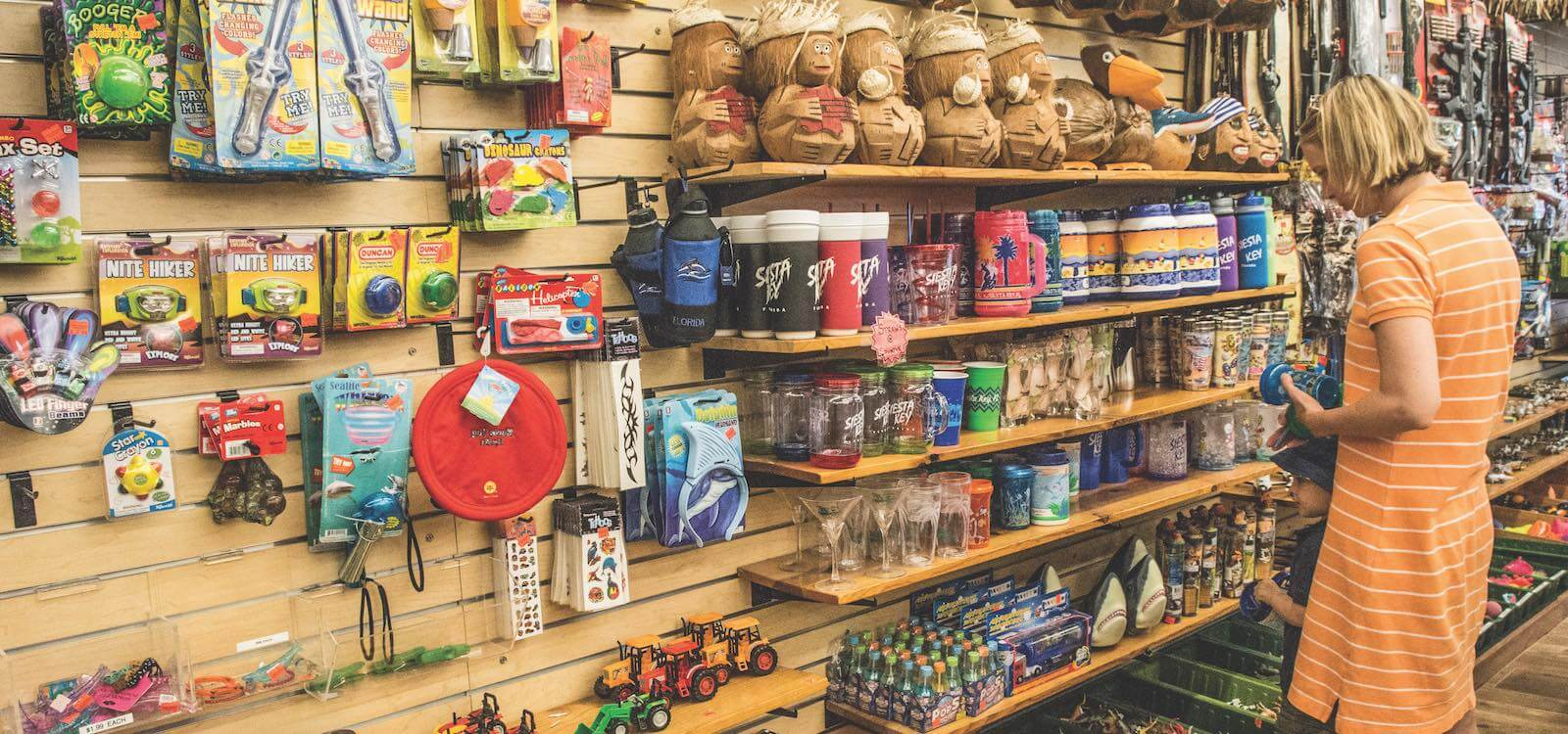 MustDo.com | Must Do Visitor Guides best places to shop in Sarasota, Florida Beach Bazaar, Siesta Key Village.