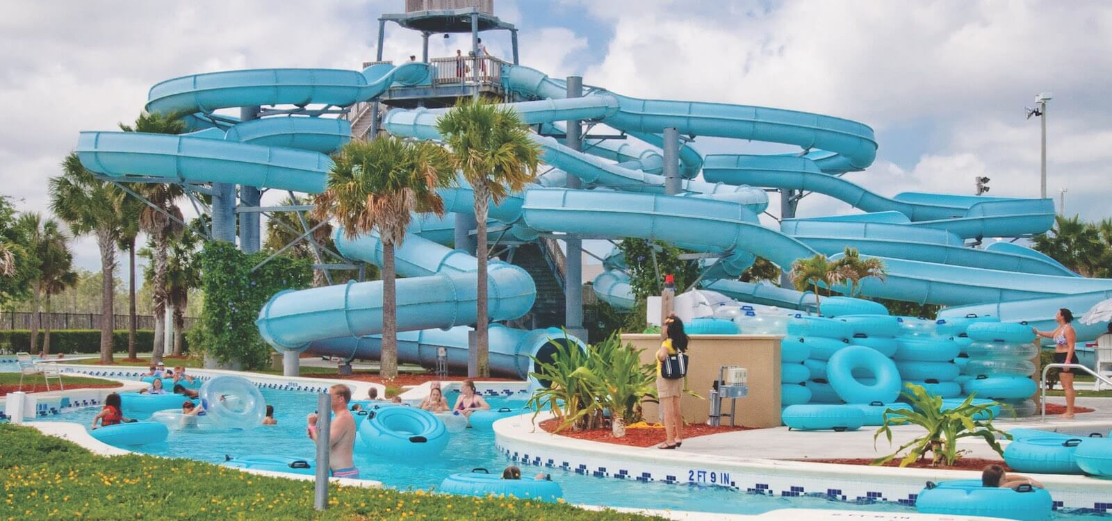 MustDo.com | Sun-N-Fun Lagoon family fun waterpark Naples, Florida, USA.