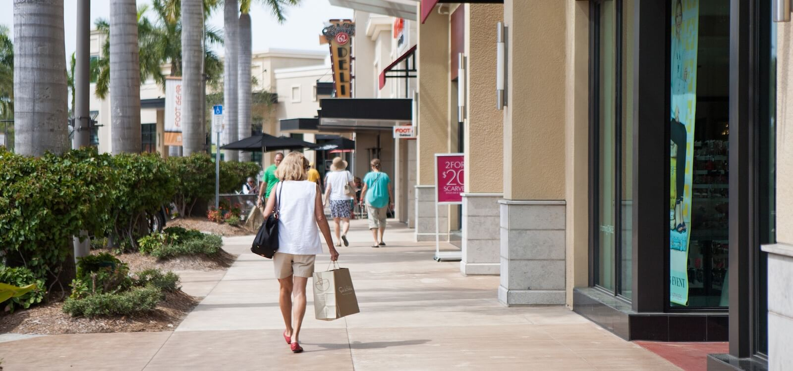 MustDo.com | Naples, Florida best shopping spots. include the Mercato, 5th Avenue South, and Third Street South. Photo by Mary Carol Fitzgerald.