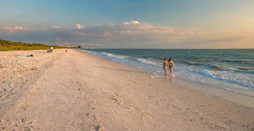 MustDo.com | Barefoot Beach Preserve in Bonita Beach, Florida is the perfect beach choice for people wanting to enjoy a more natural beach environment surrounded by wildlife and greenery. Ideal for families, the beach offers safe swimming. Photo by Jennifer Brinkman.