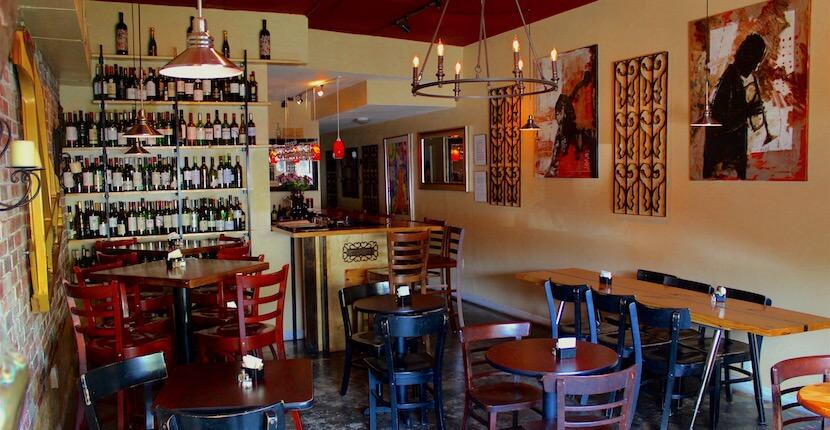 Enjoy live Jazz at Burns Court Cafe & Wine Bar Sarasota, Florida. Must Do Visitor Guides, MustDo.com.