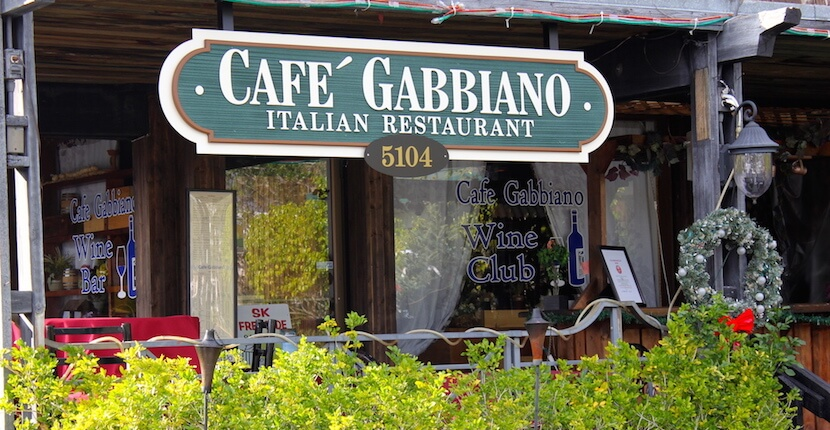 Cafe Gabbiano, authentic southern Italian cuisine. The moderately priced dinner menu features a wide selection of pasta, hand-cut veal, free-range chicken, freshly made mozzarella, locally sourced seafood and vegetables, and an extensive wine list. Siesta Key restaurant, Sarasota Florida. MustDo.com